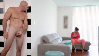 Latina sirvienta tetona folla al jefe hasta el orgasmo